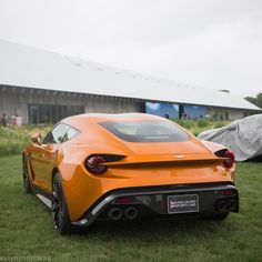 Aston Martin Vanquish km/h Seconds Aston Martin Vanquish, Aston Martin Db11, Aston Martin Sports Car, Super Fast Cars, Car Manufacturers, Sport Cars, Hot Wheels, Dream Cars, Nissan
