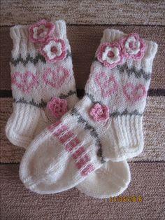 Sukkamallit Wool Socks, Knitting Socks, Baby Knitting, Boot Cuffs, Elsa Frozen, Mittens, Knit Crochet, Gloves, Knits
