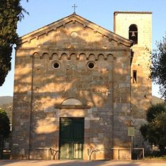 Discover our Romanesque itinerary that runs on the slopes of #Montepisano and starts from San Giuliano Terme the perfect place from which it is possible to divide the itineray into two or more days or to form a large ring. The stops to see the Romanesque style churches will be fourteen. Learn more at http://ift.tt/1GRnMAb!  Scopri il nostro itinerario del Romanico che si snoda alle pendici del Monte Pisano e ha inizio da San Giuliano Terme luogo ideale di partenza per dividere il percorso in…