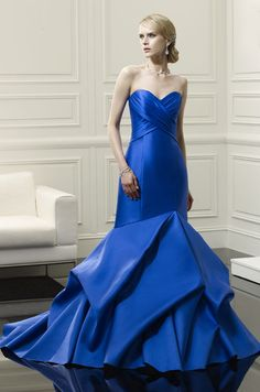 Stunning royal blue wedding dress. Val Stefani, 2014
