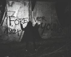 """Polubienia: 49, komentarze: 3 – Maja Środa (@czwart3k) na Instagramie: """"I just want to be forever young"""""""