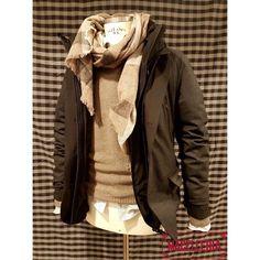 Composizione A/I '17 • #autunno #autumn #inverno #winter #blazer #peopleofshibuya #sciarpa #scarf #roselli #maglione #sweater #jurta #camicia #shirt #xacus • #macelleria #mestre