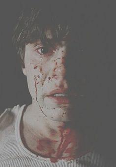Locura- Sangre- Psicótico- Tate Landgon- Perfección