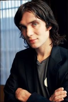 cillian murphy with long hair - so beautiful Cillian Murphy Family, Gorgeous Men, Beautiful People, Peaky Blinder Haircut, Murphy Actor, Irish Men, Irish Guys, Cillian Murphy Peaky Blinders, Hunks Men
