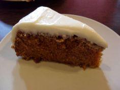 Gro's baka gulrotkake i påsken. (DAMER-for faen) Red Velvet Cupcakes, Pudding, Sweets, Cookies, Baking, Desserts, Recipes, Sweet Stuff, Food