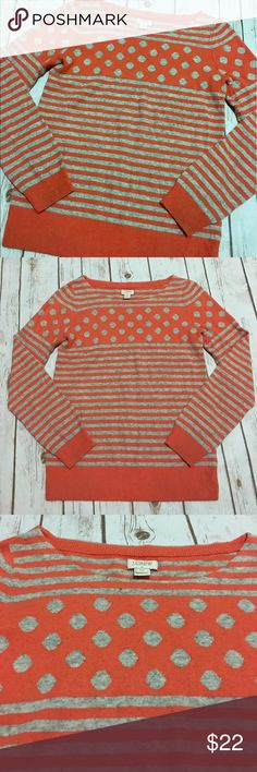 ✨Sale✨J. Crew - Gorgeous Heather Gray & Orange Top J. Crew - Gorgeous Heather Gray & Orange Top, women's size extra small. In great preowned condition. Please be sure to check out all of my other boutique items to bundle and save. Same day or next business day shipping is guaranteed. Reasonable offers will be considered! J. Crew Tops