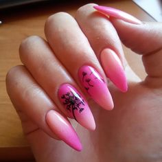 Żele kolorowe geltaQ z @diamondcosmetics :) chcecie tutorial? :)…
