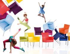 Lyoness: Vermarktung von Stammkundenbindungsprogrammen an KMU Shops, Workplace, Colours, Outdoor Decor, Chair, Happy, Tents, Retail, Ser Feliz