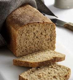 Rye and Spelt Loaf, Paul Hollywood recipe from Bristol Bakestress . wish I'd seen this earlier today! Danish Food, Bread Baking, Bread Recipes, Banana Bread, Delicious Desserts, Food And Drink, Tasty, Meals, Dishes