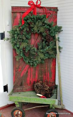 Pallet Barn Door, http://www.beyondthepicket-fence.com/2016/11/12-days-of-christmas-day-1-pallet-barn.html