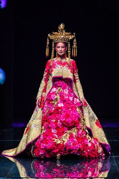 Costumerism - fashionide: Guo Pei's Legend of the Dragon If...