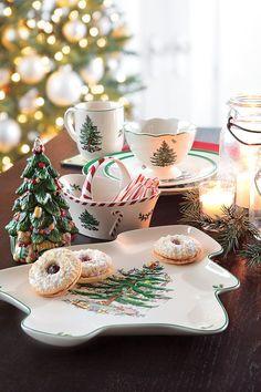57 Beautiful Christmas Dinnerware Sets: Lenox & Spode Christmas Dinnerware Collections