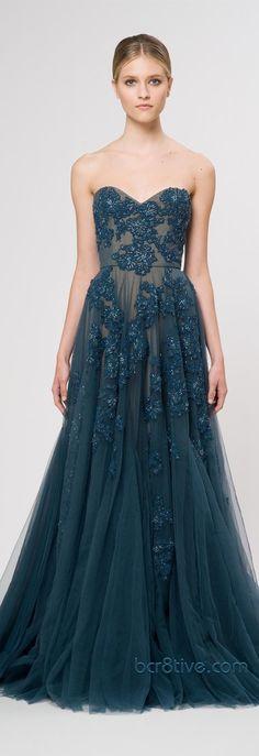 vestido largo azul encaje