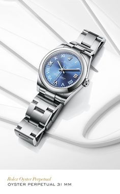 Rolex Oyster Perpetual 31 mm in 904L Steel with a Blue Azzuro dial and Oyster bracelet #Golf #RolexOfficial