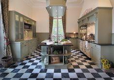 British Stoves Empire Landhausküche - Handgebaute englische Küchen im Landhausstil sowie hochwertige britischen Herde und Eßzimmermöbel