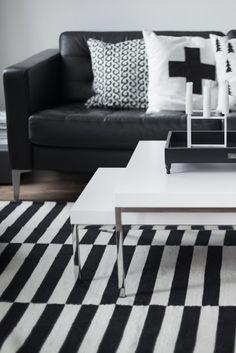 Via Myke Minutter room design Nordic Interior Design, Scandinavian Design, Living Room Inspiration, Interior Inspiration, Design Inspiration, Ikea Stockholm, Happy House, White Rooms, Home Fashion