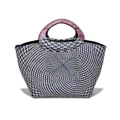 Mila in Black and White  In Buntal habi with wooden handle 9.3″ x 4″ x 15″  #livefair #lifthumanity #philippineartisans #our7107islands #wearFilipino #lovewithacause #philippines #handmade #handwoven #colors #proudpinoy #native #handicrafts #handmade #abaca #artisans #nativebag  #Jute #Buntal #Bags