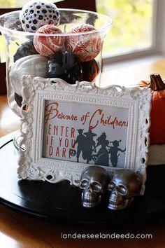 Beware of Children! FREE Halloween Printable - landeelu.com
