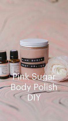 Body Scrub Recipe, Diy Body Scrub, Sugar Scrub Recipe, Diy Scrub, Sugar Scrub Homemade, Homemade Skin Care, Homemade Beauty Products, Diy Skin Care, Diy Spa Products