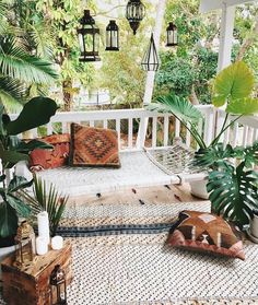 It's a hot one today. 86 degrees! Am day dreaming myself into this sweet boho patio scenario. Don't you just love it? (image thanks to…