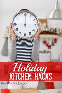 There are things you can do to make the holiday season less stressful.check out this list of diy Holiday Kitchen Hacks! Holiday List, Favorite Holiday, Holiday Fun, Christmas On A Budget, Christmas Fun, 30 Minutes Or Less, Frugal Living Tips, What To Make, Kitchen Hacks