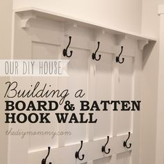 a Board & Batten DIY Hook Wall Build a Board & Batten DIY Hook Wall. Complete tutorial with photos and materials list!Build a Board & Batten DIY Hook Wall. Complete tutorial with photos and materials list! Do It Yourself Furniture, Do It Yourself Home, Home Renovation, Home Remodeling, Kitchen Remodeling, Diy Bathroom, Bathrooms, Boho Home, Board And Batten