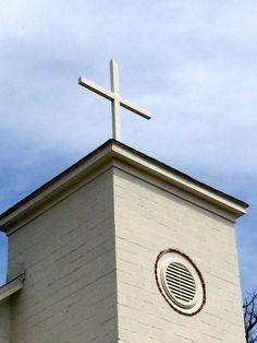 Cross at Sharon Baptist Church via The Gracious Posse