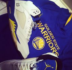 Laney Jordan fives perfect for warrior fans。This is my favorite, and I think the most classic a basketball shoes. This kind of classic and fashion.