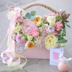 Beautiful Flower Arrangements, Floral Arrangements, Beautiful Flowers, Flower Box Gift, Flower Boxes, Edible Bouquets, Gift Bouquet, Luxury Flowers, Indoor Flowers