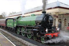 LNER: 61306 'Mayflower' Class B1 4-6-0 Ramsbottom East Lancs Railway