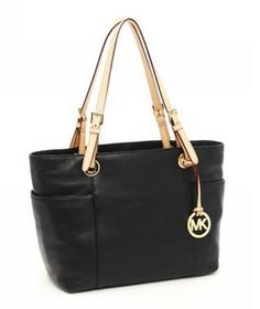 MICHAEL Michael Kors Jet Set Zip-Top Tote Black Smooth Leather with Buff Leather Handles All you need is alittle MK in your life Michael Kors Jet Set, Cabas Michael Kors, Michael Kors Handbags Sale, Michael Kors Bags Outlet, Micheal Kors Bags, Mk Handbags, Fashion Handbags, Handbags Online, Boutique Michael Kors
