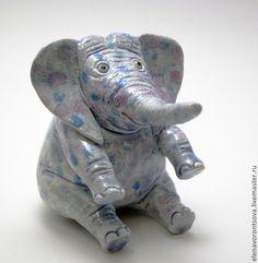 Статуэтка Весёлый слон, керамика. Handmade.