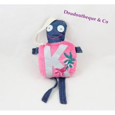 Doudou double face monstre IKKS rose bleu jean broderie fleurs Fashion Backpack, Backpacks, Bags, Plush, Embroidered Jeans, Blue Roses, Handbags, Dime Bags, Backpack