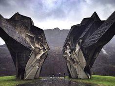 31 Beautifully Abandoned Soviet Monuments
