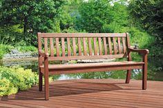 Gardenplaza: Holzpflege - Nachhaltige Premium-Produkte für Schutz der Extraklasse (Foto: epr/Remmers) Outdoor Furniture, Outdoor Decor, Home Decor, Green Living Rooms, Wood Stone, First Grade, Sustainability, Products, Plants