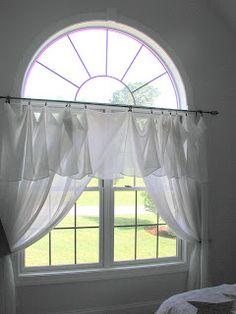 La pieza que falta: un medio círculo Cubiertas de ventanas - $ 10.00