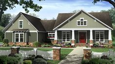 This+attractive+Craftsman+design+nicely+fits+four+bedrooms+into+one+story,+with+a+flex+space+adding+even+more+possibilities.+A+coffered+ceiling+draws+eyes+up+in+the+great+room,+while+the+kitchen's+snack+bar+offers+a+place+for+casual+meals.+In+the+master+suite,+owners+will+appreciate+double+vanities+and+walk-in+closets,+plus+a+jet+tub+and+separate+shower.+Extra+storage+in+the+garage+will+come+in+handy,+with+a+large+unfinished+bonus+room+upstairs+providing+even+more+space.