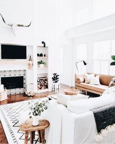 Home Interior Design White living room.Home Interior Design White living room. Boho Living Room, Home And Living, Living Room Decor, Modern Living, Cozy Living, Living Rooms, Barn Living, Bohemian Living, Cottage Living