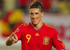 Fernando Torres--my favourite player~~always has a smile on his face!He lights up my day:)