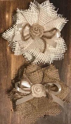 Details about Burlap Flower Rustic Barn Wedding Bridal Knife Baby Shower Cake Ivory & Natural Jute Flowers, Diy Flowers, Fabric Flowers, Paper Flowers, Burlap Flower Bouquets, Flower Wreaths, Burlap Crafts, Burlap Wreath, Fabric Crafts