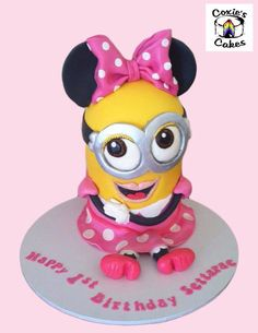Minnie Mouse minion mashup cake