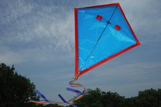 How to Make a Simple Kite for Kids