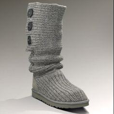 ugg boots tall classic  #cybermonday #deals #uggs #boots #female #uggaustralia #outfits #uggoutlet I would love to have these Uggs, size 8 please :)
