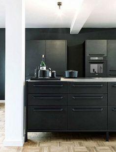 Mat zwarte keuken | Interieur inrichting