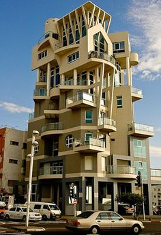 Modern Architecture Building Apartments 31 Source by sirimoungkhone - Beautiful Architecture, Contemporary Architecture, Art And Architecture, Architecture Details, Unusual Buildings, Interesting Buildings, Amazing Buildings, Famous Buildings, Places Around The World