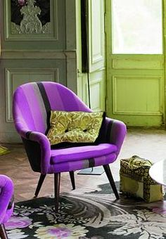 I need this chair for my room definitely :)