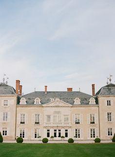 Chateau De Varennes Fine Art Wedding Inspiration | Image by Michaela Joy Photography