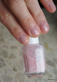 Essie – Sugar Daddy