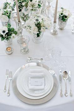 """Hochzeitsinpsirationen: atemberaubende Winterhochzeitsidee, inspiriert vom Walt Disney Movie """"Die Eisprinzessin"""""""