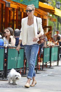 Wear them with a blazer like Olivia Palermo.